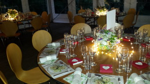 Set to Impress Vintage Romantic table decorations