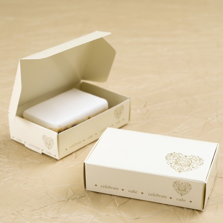 Gold Heart Wedding Cake Box (10)