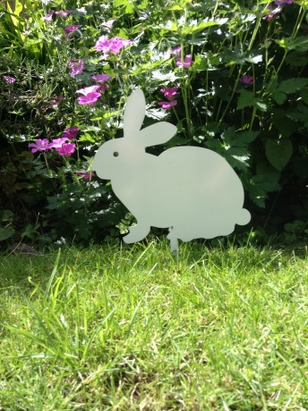 Garden Metal Rabbit Ornament